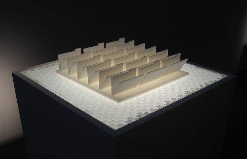 folderculture, I. Gwilt (2010)  lasercut acrylic, aluminium, data projection